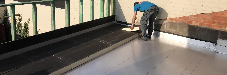 isoler toiture inclinée de l'extérieur